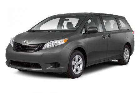 2011 Toyota Sienna XLE #0