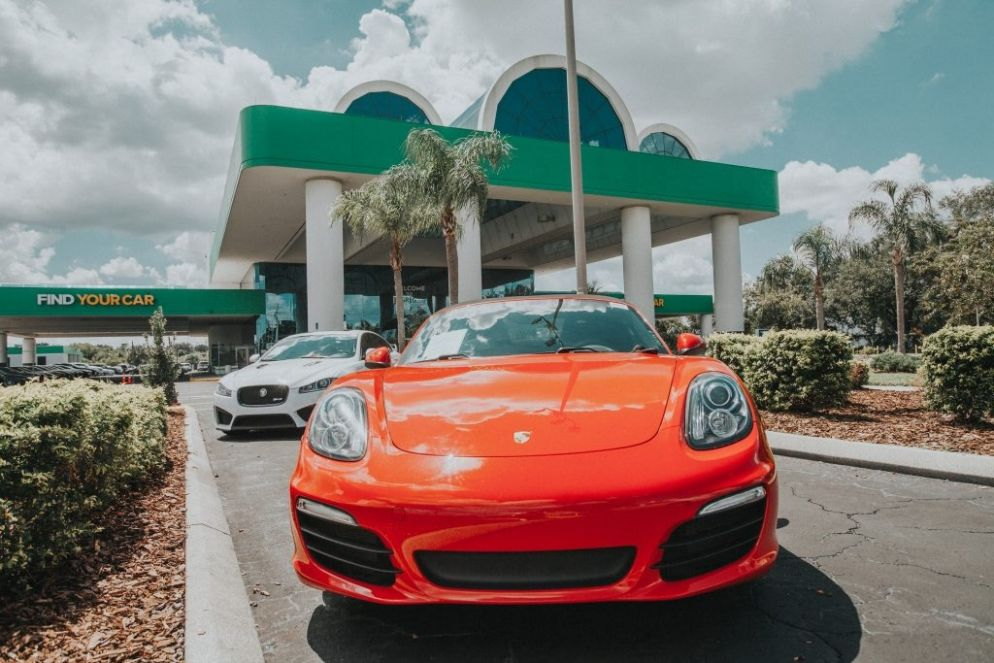 HGreg.com welcomes first customers to flagship Orlando dealership